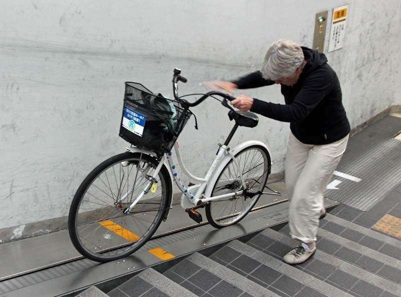 Bike escalator, Takamatsu
